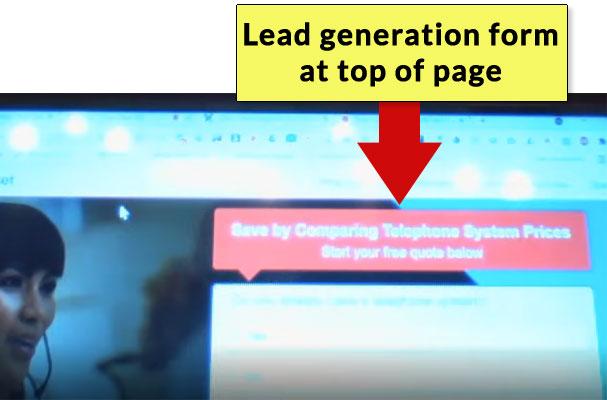 Sayfanın Başında Müşteri Oluşturma Formu olan Web Sayfasının Ekran Görüntüsü